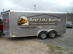 lettering on roofer trailer